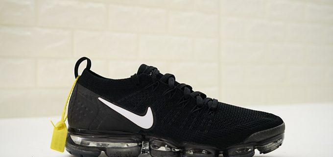 Nike Air VaporMax Flyknit 2.0 Black and White