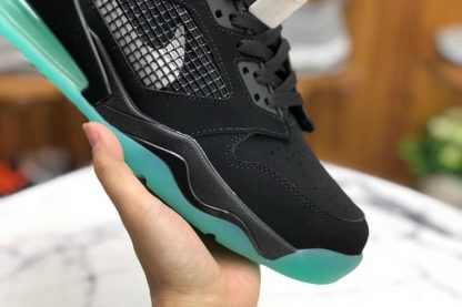 Jordan Mars 270 Green Glow In The Dark black toe