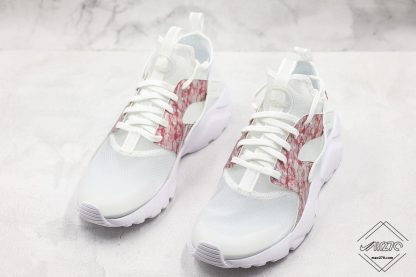 Nike Air Huarache 4 Run Suede Grey Pink-White front look
