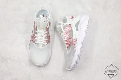 Nike Air Huarache 4 Run Suede Grey Pink-White sneaker