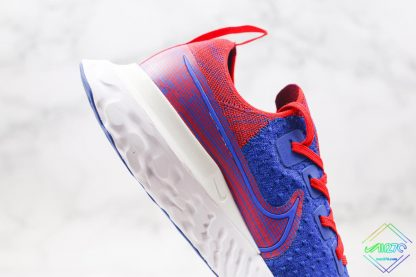 React Infinity Run Flyknit Royal Blue Gym Red midsole look