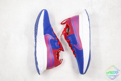 React Infinity Run Flyknit Royal Blue Gym Red oversize swoosh