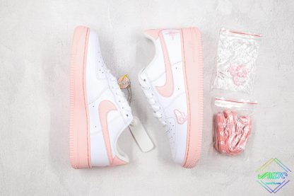 GS Nike Air Force 1 Low White Pink Foam panel