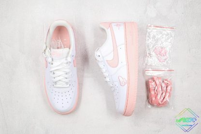 GS Nike Air Force 1 Low White Pink Foam tongue