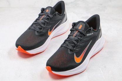 Air Zoom Winflo 7 Black Total Orange sneaker