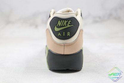Nike Air Max 90 NRG Lahar Escape green heel