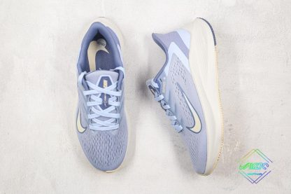 Nike Zoom Winflo 7 Light Blue tongue