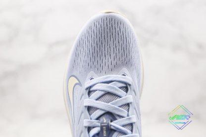 Nike Zoom Winflo 7 Light Blue upper