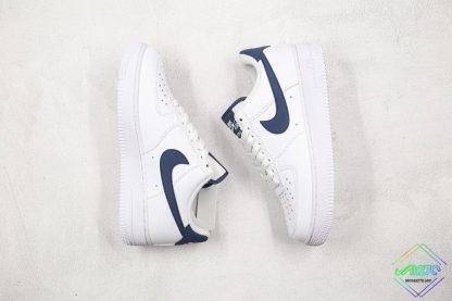 Nike Air Force 1 07 Midnight Navy swoosh