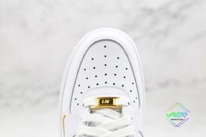 Nike Air Force 1 07 ESS White Gold vamp