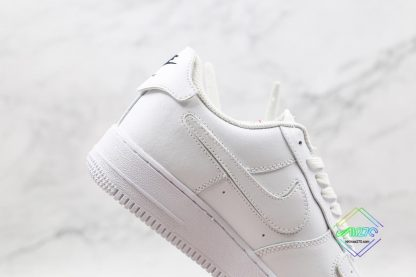 Nike Air Force 1 White lateral side