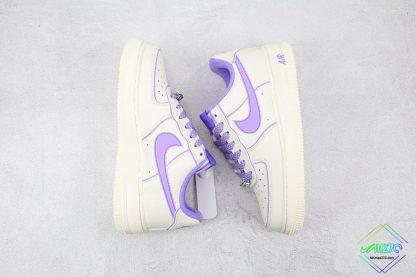 Wmns Nike Air Force 1 White Lavendel swoosh