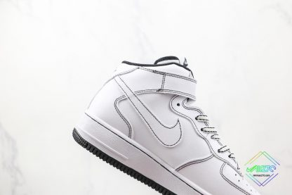 Air Force 1 '07 Mid Contrast Stitch lateral side