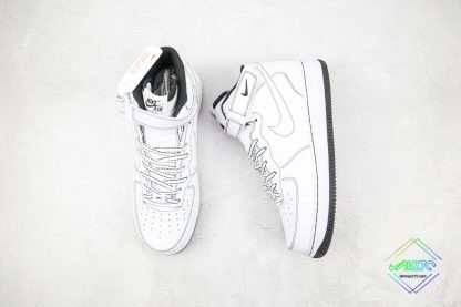 Air Force 1 '07 Mid Contrast Stitch tongue
