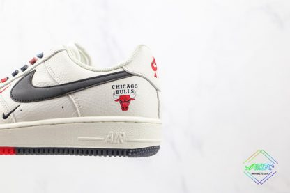 Nike Air Force Chicago Bulls White Black logo