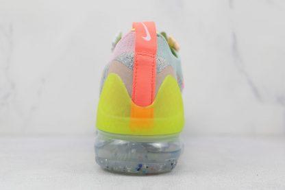 Nike Air VaporMax 2021 Grey Volt FK back heel